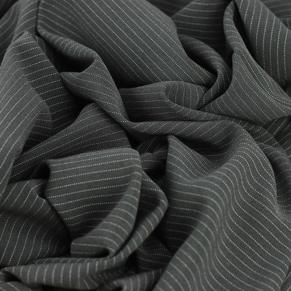 "Sergé fluide poly-viscose ""Rayure tennis gris Anthracite"" © Eyrelles tissus"