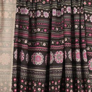 Tissu velours milleraies fleuris rose © Eyrelles Tissus