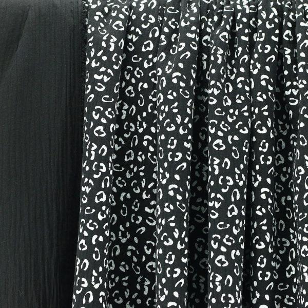 Tissus Double Gaze Imprimée Léopard Noir et blanc © Eyrelles Tissus
