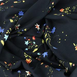 Tissu voile de viscose imprimée fleuri fanfan noir© Eyrelles Tissus